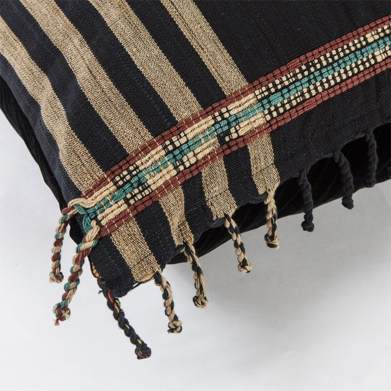 burma-z-lumbar-pillow-camel-detail1