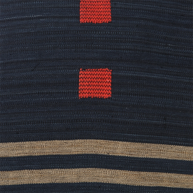 burma-z-pillow-red-detail1