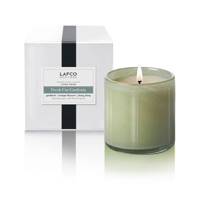 livingroom-fresh-cut-gardenia-candle-front1