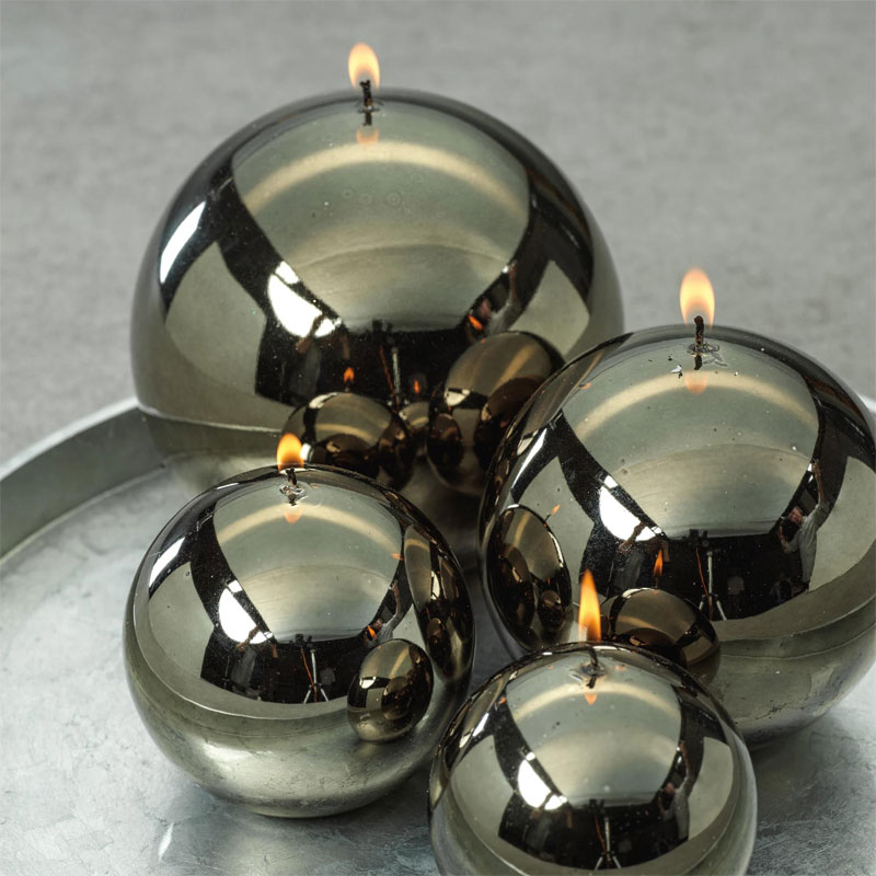 metallic-ball-candle-dark-green-roomshot1